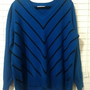 Liz Claiborne Women's V-Neck Sweater